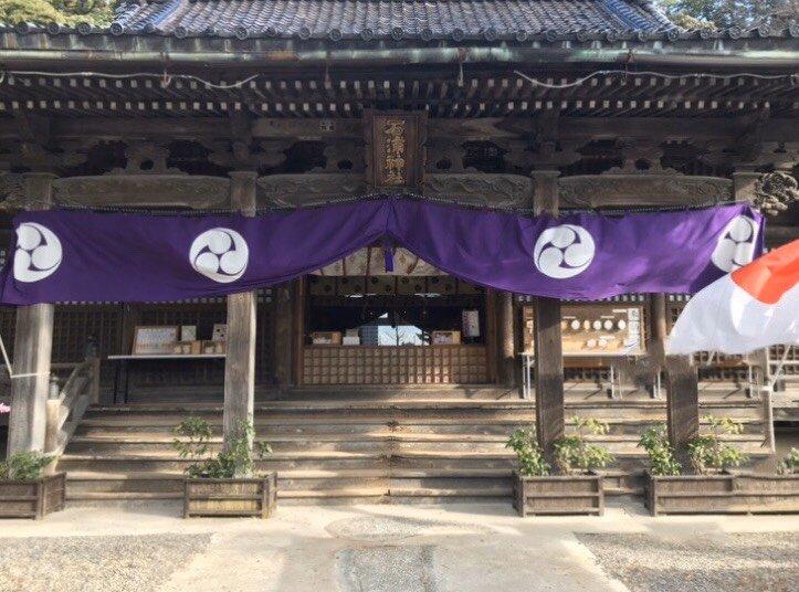 石浦神社 拝殿